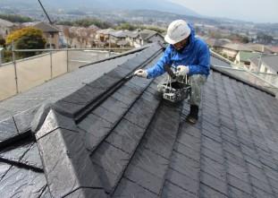 屋根ハイルーフマイルドシリコン上塗り